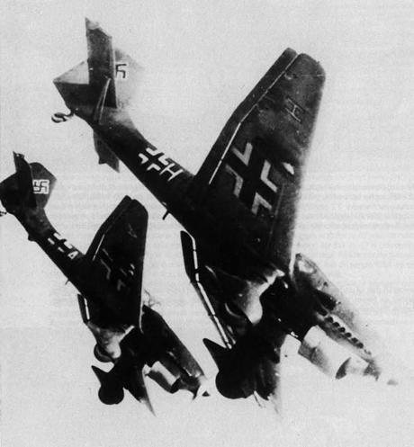 Bombardements 1940-1944 du camp de Pruniers Boum1